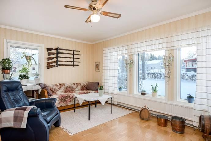 Bild: 5 rum villa på Lillhallvägen 4, Bergs kommun Svenstavik