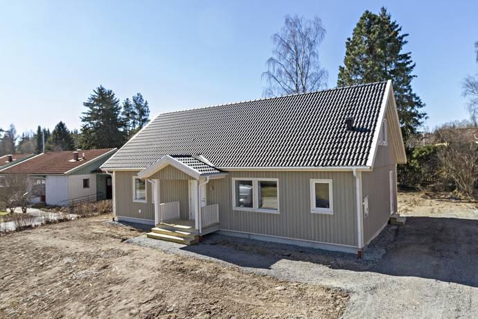 Bild: 3 rum villa på Västra Ågatan 12, Heby kommun Östervåla