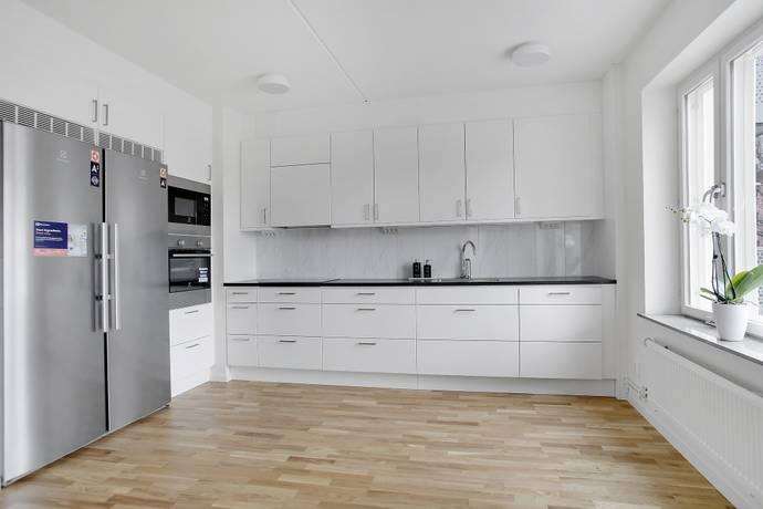 Bild: 3 rum bostadsrätt på Engelbrektsvägen 41A, Järfälla kommun Jakobsberg