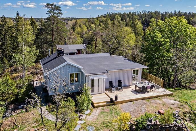 Bild: 3 rum villa på Pelikanvägen 3, Huddinge kommun Vidja