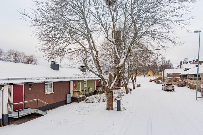 Bild: 3 rum radhus på Allén 10, Sandvikens kommun Gästrike-Hammarby