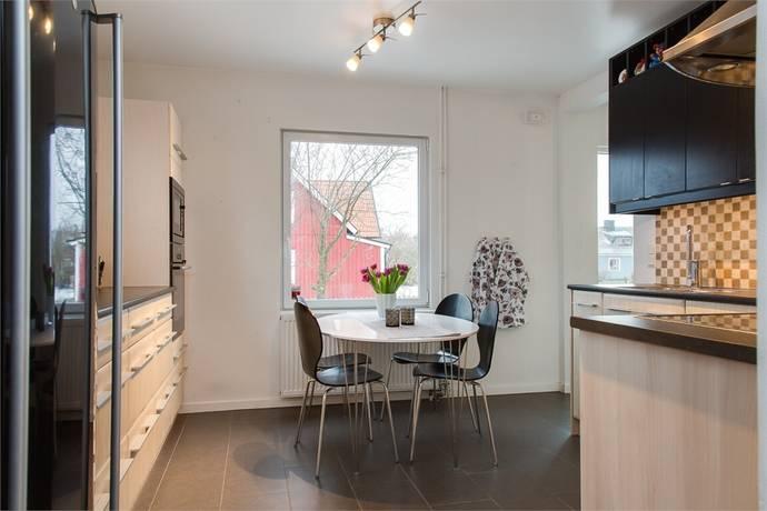 Bild: 6 rum villa på Ridderskantz väg 1, Kristianstads kommun Färlöv