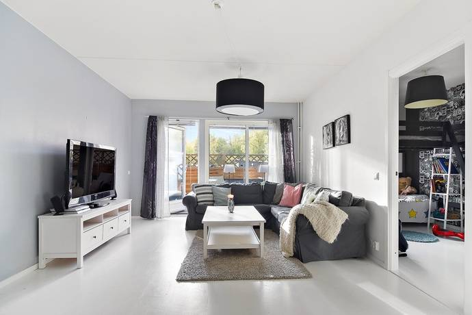 Bild: 4 rum bostadsrätt på Kristallvägen 8 -FAST PRIS, Stockholms kommun Solberga