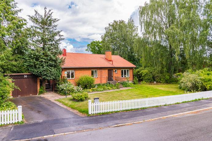 Bild: 4 rum villa på Sportvägen 30, Norrköpings kommun Åby