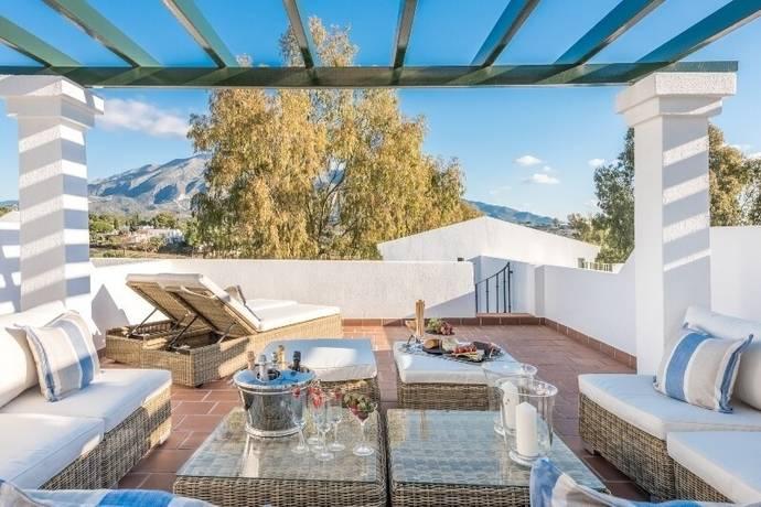 Bild: 3 rum radhus på Nueva Andalucia / Costa del Sol, Spanien Aloha Garden