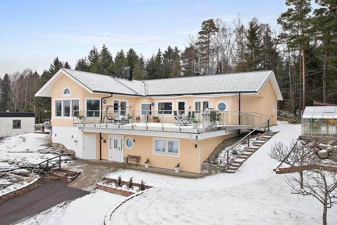 Bild: 6 rum villa på Tolleröd 340, Kungälvs kommun Ingetorp