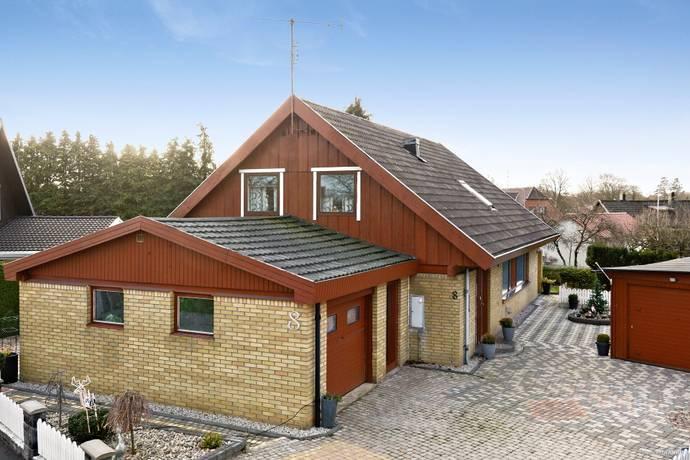 Bild: 6 rum villa på Krokgatan 8, Tomelilla kommun Tomelilla-Centralt