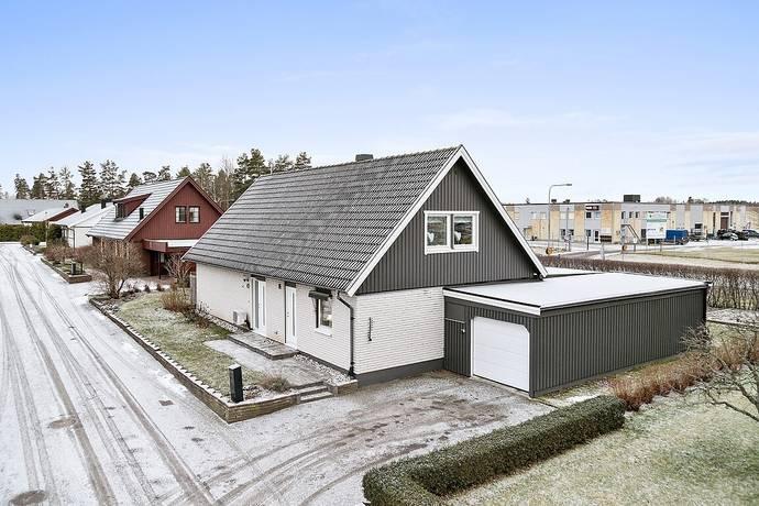 Bild: 6 rum villa på Kråksångsvägen 40, Linköpings kommun LINGHEM