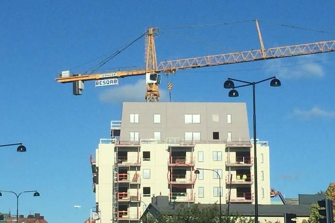 Bild: 1 rum bostadsrätt på Solnavägen 96B, 4 tr lgh 41-1403, Solna kommun Råsunda, Solna centrum, Vasalund