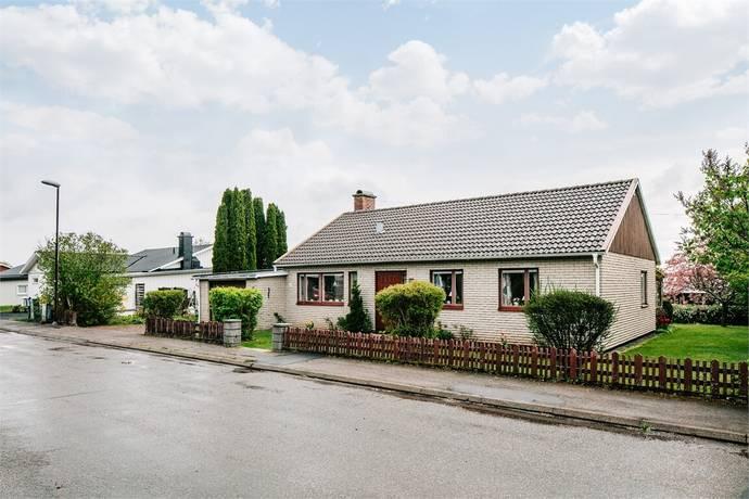 Bild: 4 rum villa på Linvägen 15, Skövde kommun Skultorp