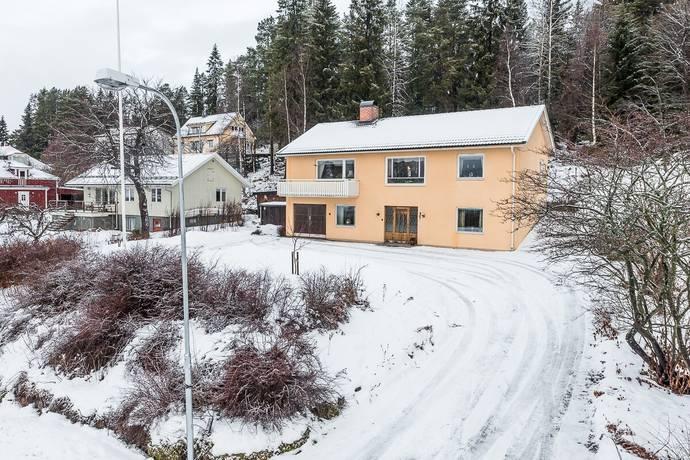 Bild: 6 rum villa på Höjdgatan 3, Sundsvalls kommun Skönsberg