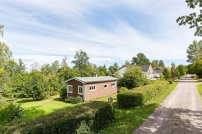 Bild: 40 m² tomt på Rörsoppsvägen 3, Örebro kommun Ekeby-Almby
