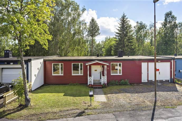 Bild: 4 rum radhus på Sydvästgränd 14, Luleå kommun Örnäset