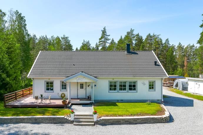 Bild: 6 rum villa på Hjälsta Grantorp  5, Enköpings kommun