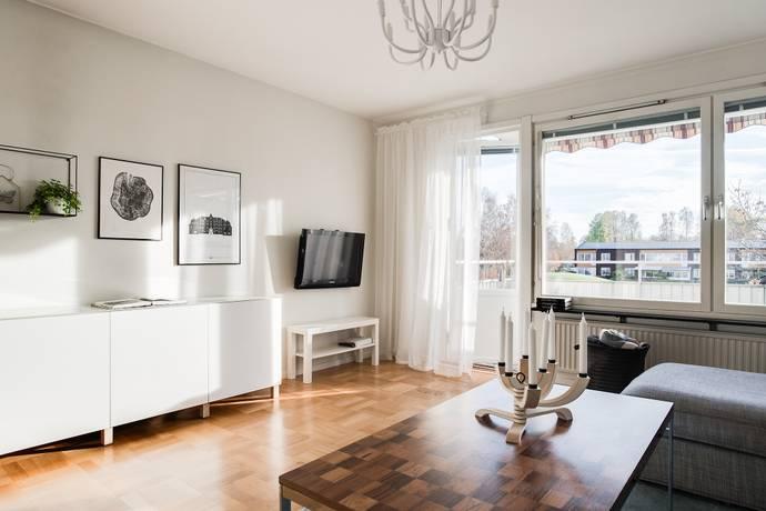 Bild: 3 rum bostadsrätt på Dolomitvägen 80, Örebro kommun Lundby