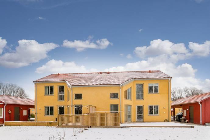Bild: 4 rum radhus på Knivingsdalsgatan 9, Linköpings kommun Ljungsbro