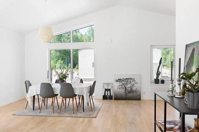 Bild: 5 rum villa på Horngatan 4, Svalövs kommun Svalöv