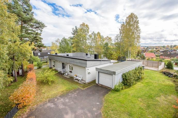 Bild: 4 rum villa på Lindvägen 2, Hultsfreds kommun Hultsfred