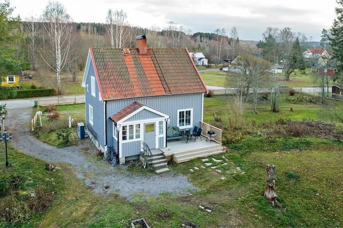 Bild: 3 rum villa på Lövbladsvägen 15, Eda kommun Åmotfors
