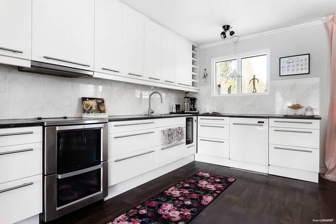 Bild: 8 rum villa på Hyggesvägen 9, Luleå kommun Råneå