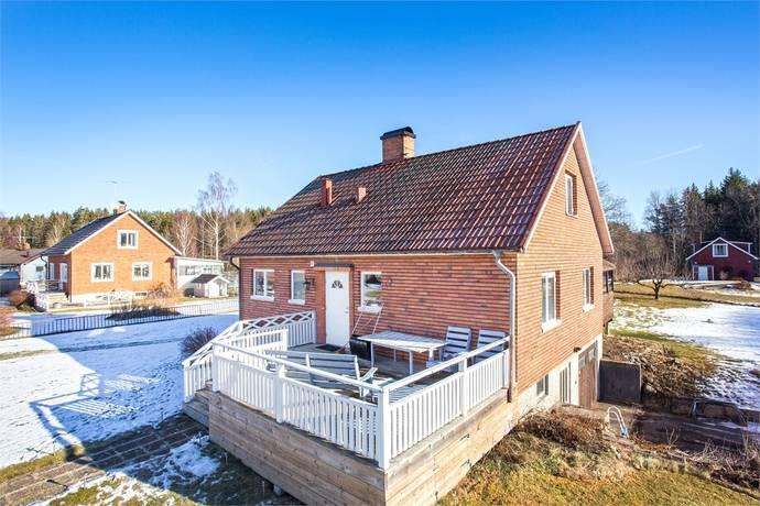 Bild: 4 rum villa på Karlslundsvägen 10, Lindesbergs kommun Vedevåg