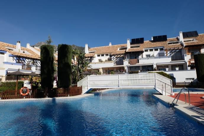 Bild: 5 rum radhus på Radhus i Marbella, Costa del Sol, Spanien Marbella