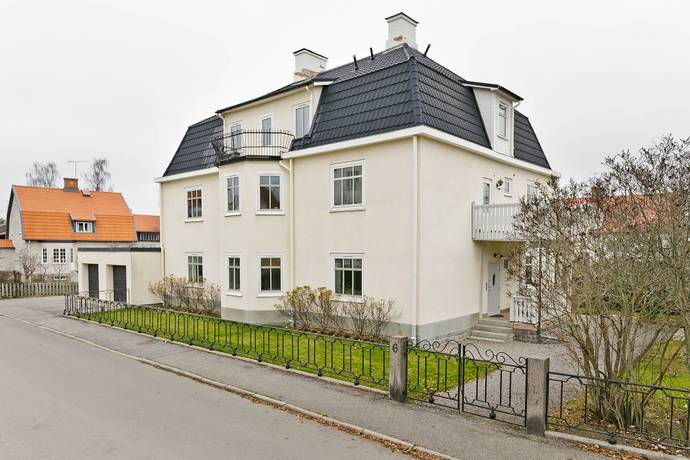 Bild: 5 rum bostadsrätt på Samtingsgatan 6, Strängnäs kommun Storgärdet