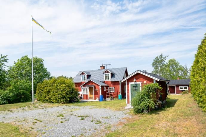 Bild: 3 rum villa på Tolvmansbacken 17, Österåkers kommun Ljusterö-Mellansjö