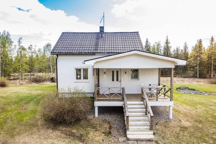 Bild: 3 rum villa på Kangosvägen 24, Pajala kommun