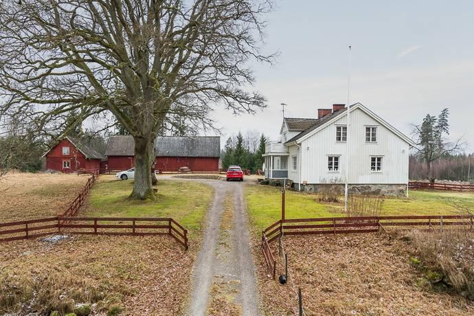 Bild: 6 rum gård/skog på Håldala 1, Alvesta kommun Lönashult
