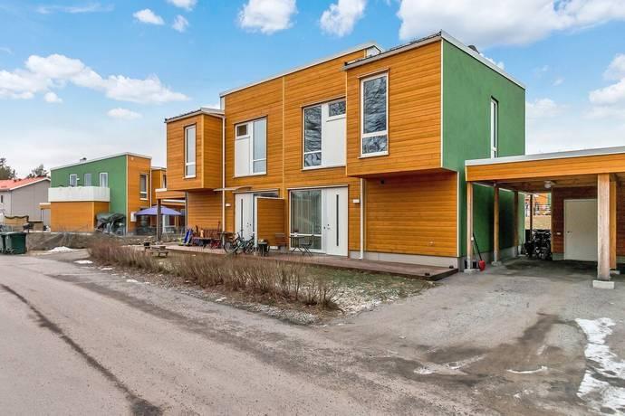 Bild: 4 rum bostadsrätt på Blåbärsstigen 3, Södertälje kommun Brunnsängs Hage