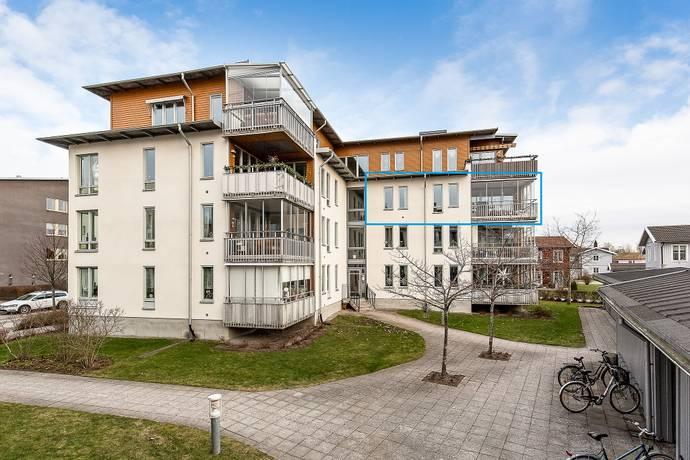 Bild: 4 rum bostadsrätt på Studievägen 9, Örebro kommun Sörbyängen