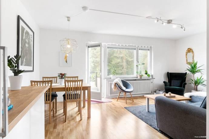 Bild: 3 rum bostadsrätt på Örnstigen 9, Täby kommun Näsbypark