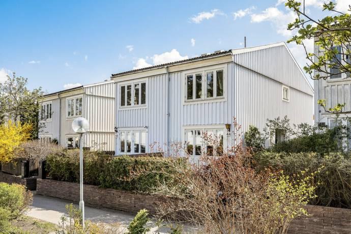 Bild: 3 rum radhus på Ribegatan 44, Stockholms kommun Kista