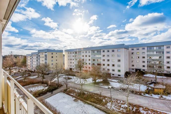 Bild: 2 rum bostadsrätt på Sågstuvägen 27, Huddinge kommun Visättra