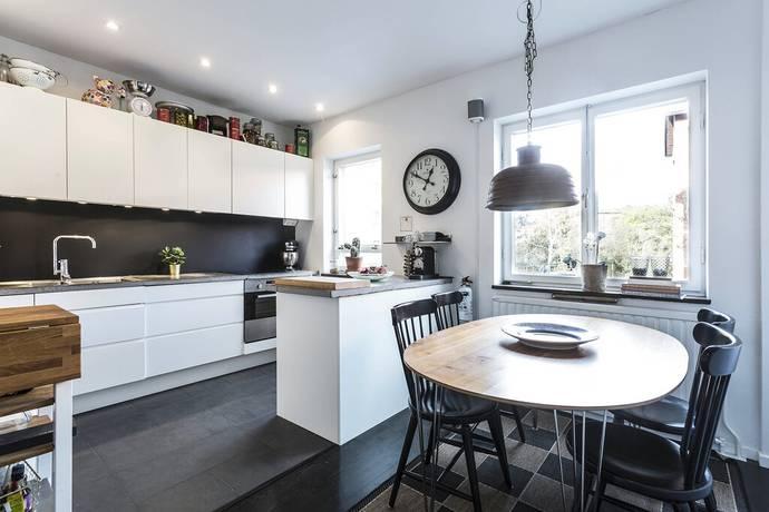 Bild: 3 rum bostadsrätt på Synålsvägen 11, Stockholms kommun Bromma