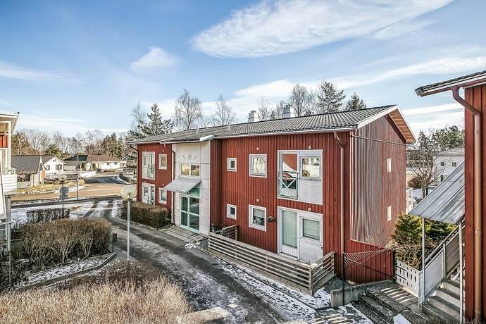 Bild: 3 rum bostadsrätt på TIMMERVÄGEN 4A, Strängnäs kommun DJUPA SKOGEN