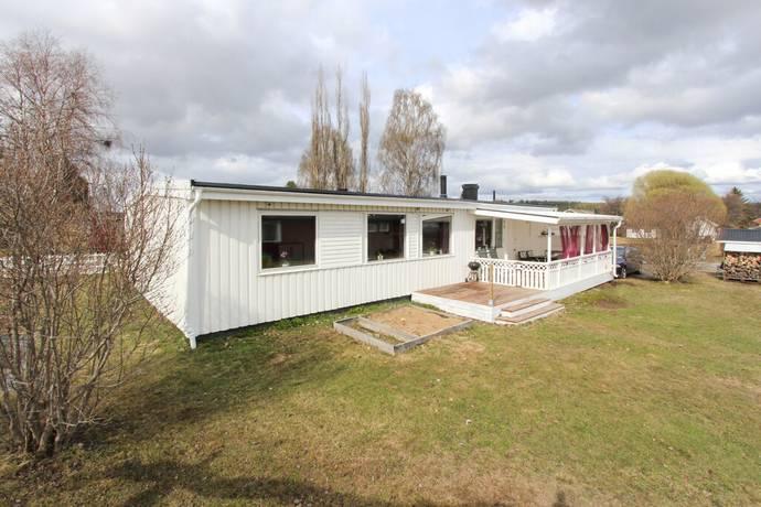 Bild: 5 rum villa på Målarvägen 18, Bodens kommun S Svartbyn