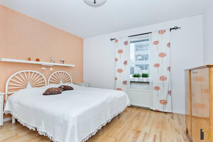 Bild: 2 rum bostadsrätt på Bärnstensvägen 38, Umeå kommun Carlshem