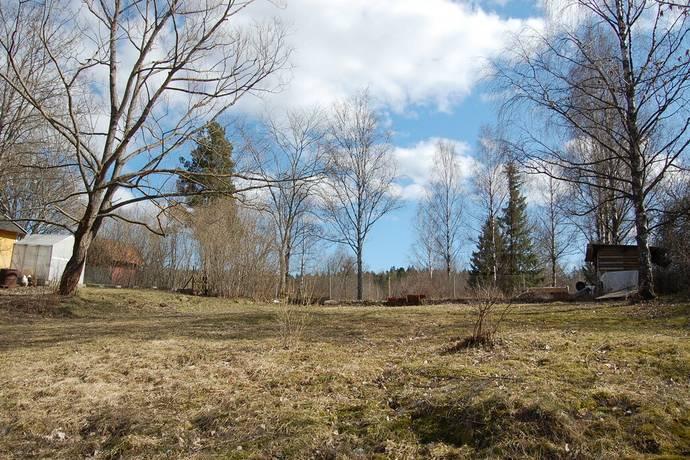 Bild: tomt på Varfågelvägen 2C, Huddinge kommun Farsta