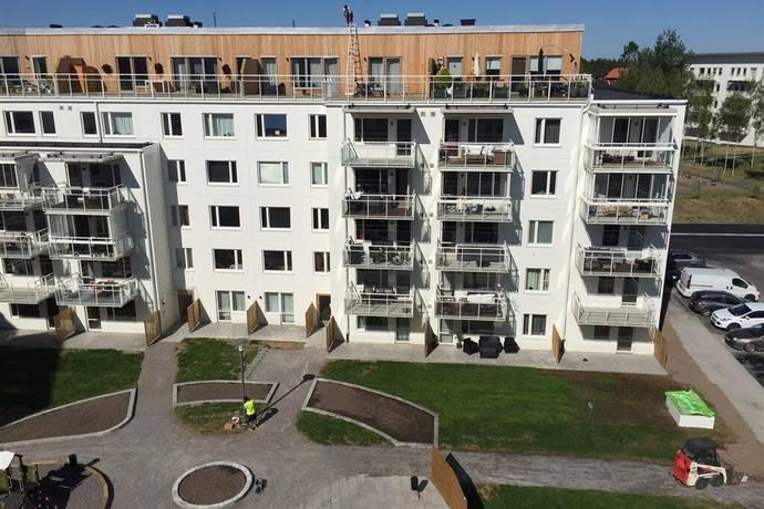 Bild: 3 rum bostadsrätt på Pettersbergsvägen 6, bv, Upplands-Bro kommun Brunna Park