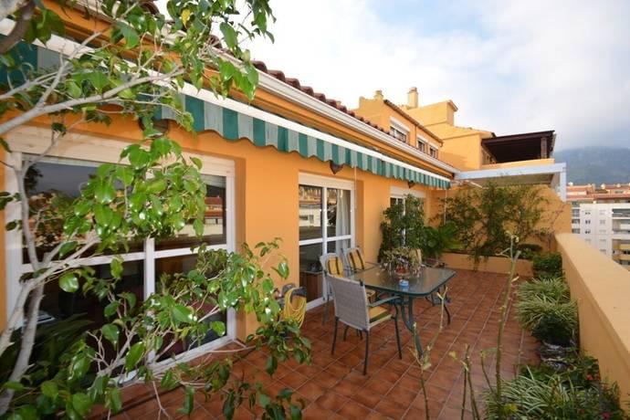 Bild: 4 rum bostadsrätt på Duplex penthouse i Marbella med havsutsikt, Spanien Marbella stad