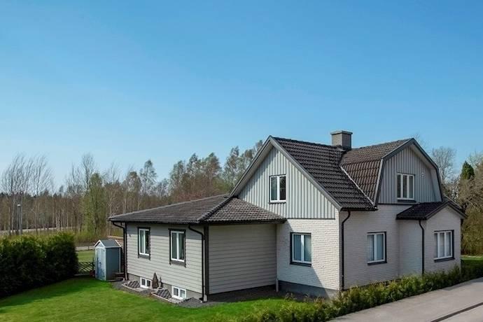 Bild: 9 rum villa på Kabelvägen 5, Ljungby kommun Ljungby