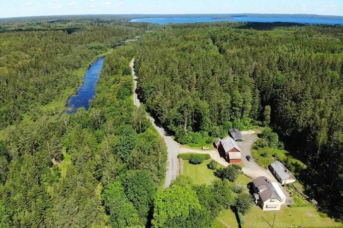 Bild: 5 rum gård/skog på Gäddeviksås Sandkullen, Tingsryds kommun Gäddeviksås