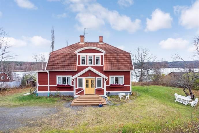 Bild: 8 rum villa på Sjöstigen 1, Ljusnarsbergs kommun Ställdalen