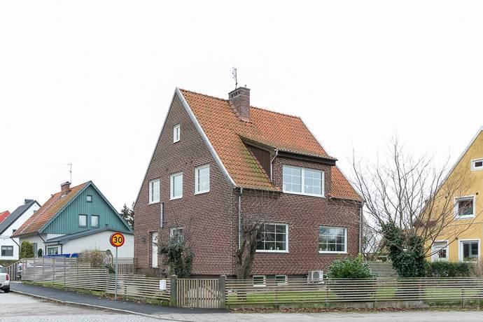 Bild: 7 rum villa på Sveagatan 2, Trelleborgs kommun Granlunda
