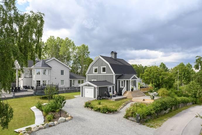 Bild: 120 m² villa på Hagelins väg 4, Södertälje kommun Pershagen