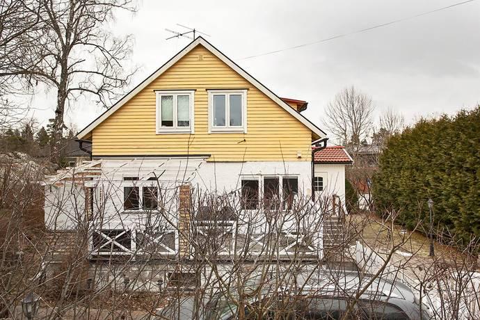 Bild: 6 rum villa på Kyrkvärdsvägen 2, Botkyrka kommun Tumba