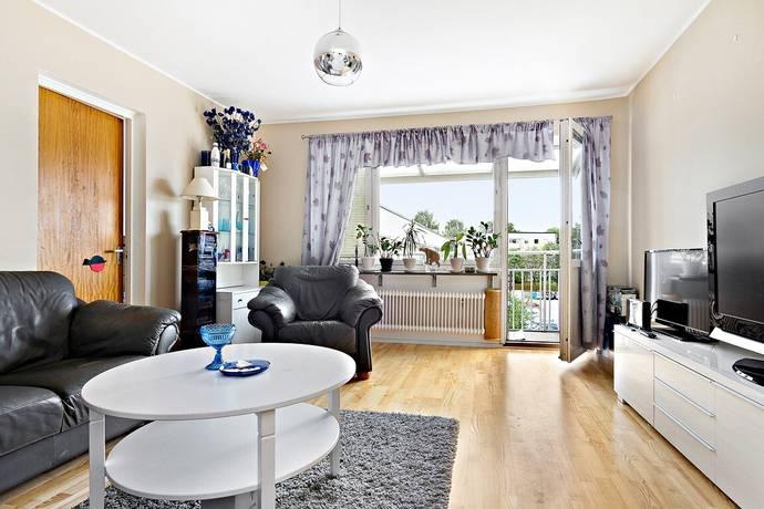 Bild: 4 rum bostadsrätt på Dagsverksvägen 231, Stockholms kommun Spånga - Solhem