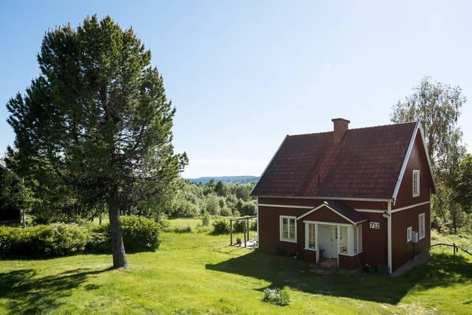 Bild: 4 rum villa på Hällesjö 712, 714, Bräcke kommun Bräcke